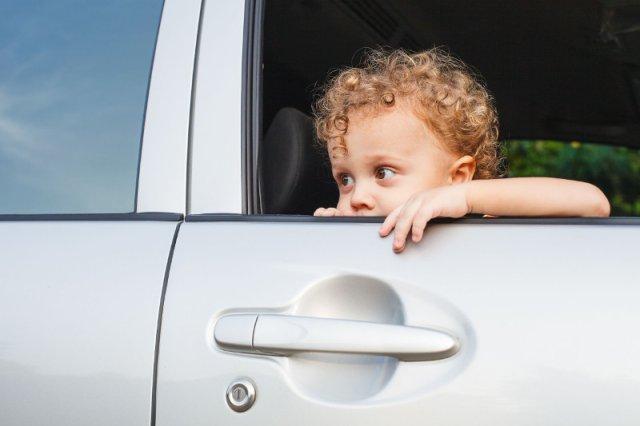 Dziecko w czasie podróży powinno być szczególnie chronione.
