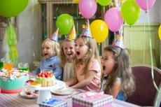 Kto powinien wybierać gości na urodziny dziecka?