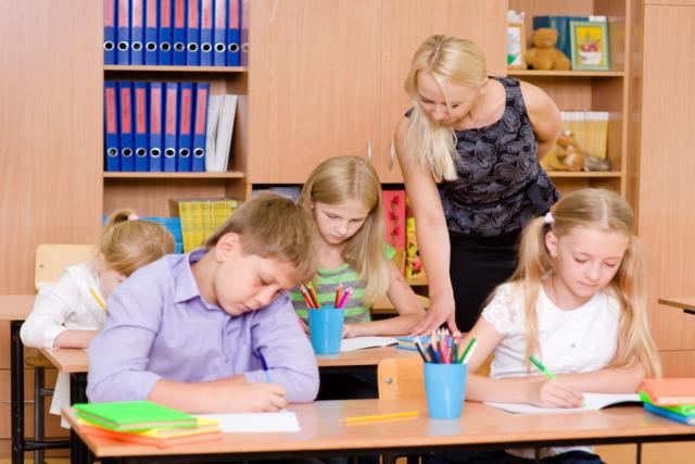 Stawienia stopni może zniechęcić dziecko do nauki