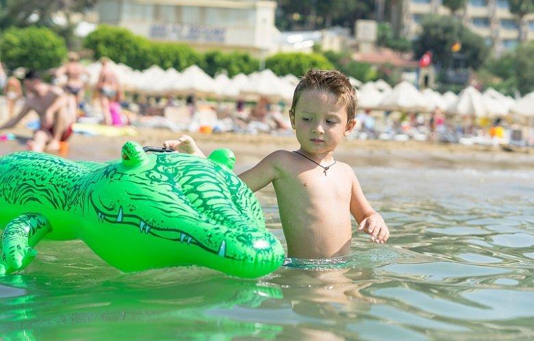 Wyjazd nad morze dobrze zrobi dzieciom z obniżoną odpornością, małym alergikom czy astmatykom