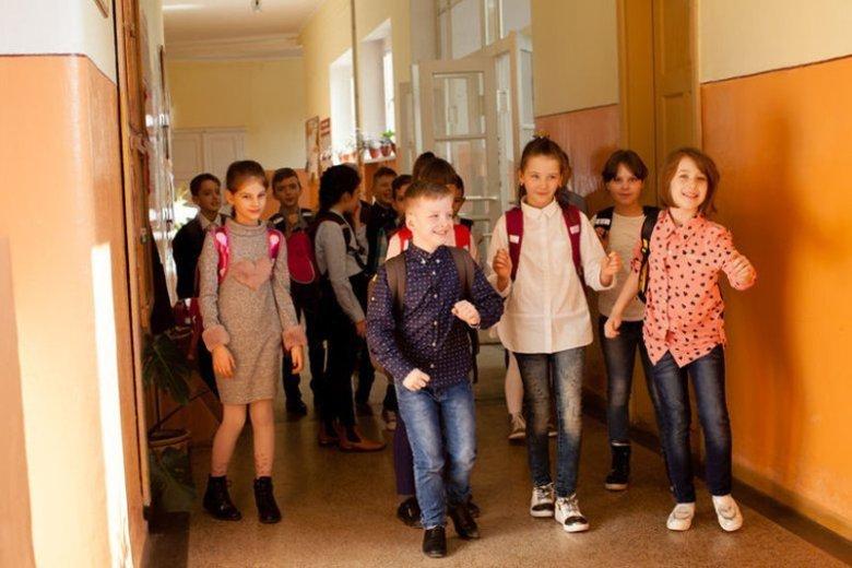 Co 5-6 dziecko ze szkoły podstawowej ma problemy ze słuchem