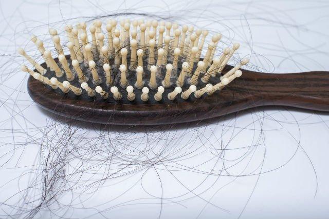Nie trzeba wydawać majątku, żeby mieć piękne włosy.
