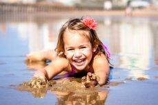 Fot. Pixabay/[url=https://pixabay.com/pl/dziewczyna-dziecko-szcz%C4%99%C5%9Bcie-852617/]darrel[/url] / [url=  http://pixabay.com/pl/service/terms/#download_terms]CC O[/url]