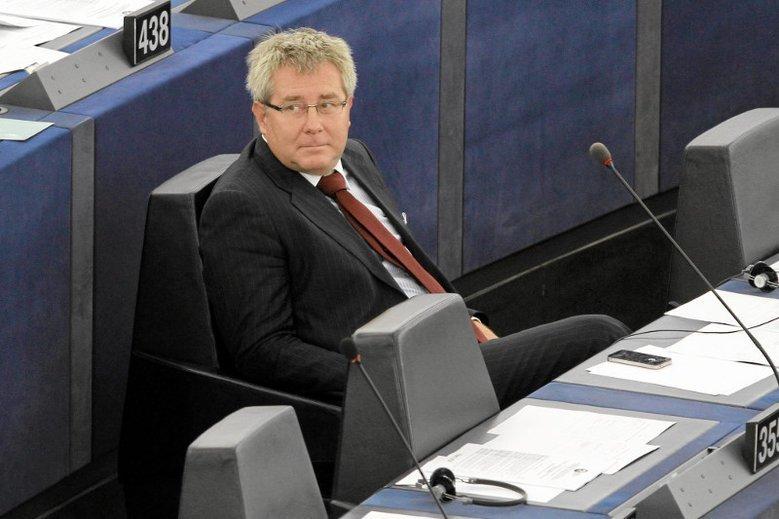 """Ryszard Czarnecki stwierdził, że PiS opowiada się przeciwko """"decydowaniu za rodziców"""""""