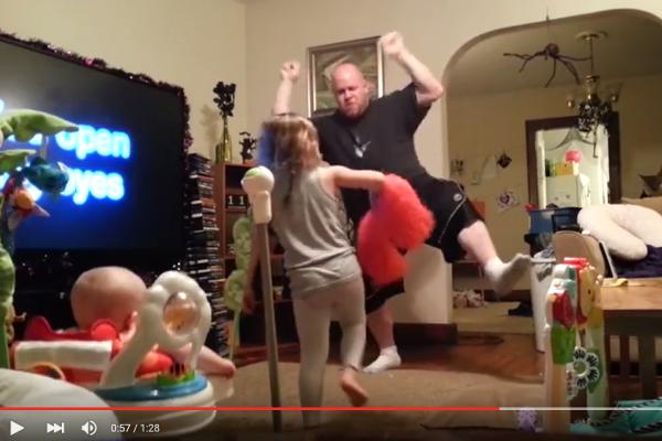 Fot. screen z Youtube [url=https://www.youtube.com/watch?v=xtEKNoam8Dg]Rumble Viral[/url]