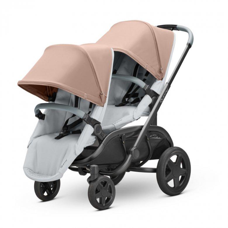 Z najnowszym wózkiem Quinny Hubb na przejażdżkę po mieście można zabrać dwójkę dzieci