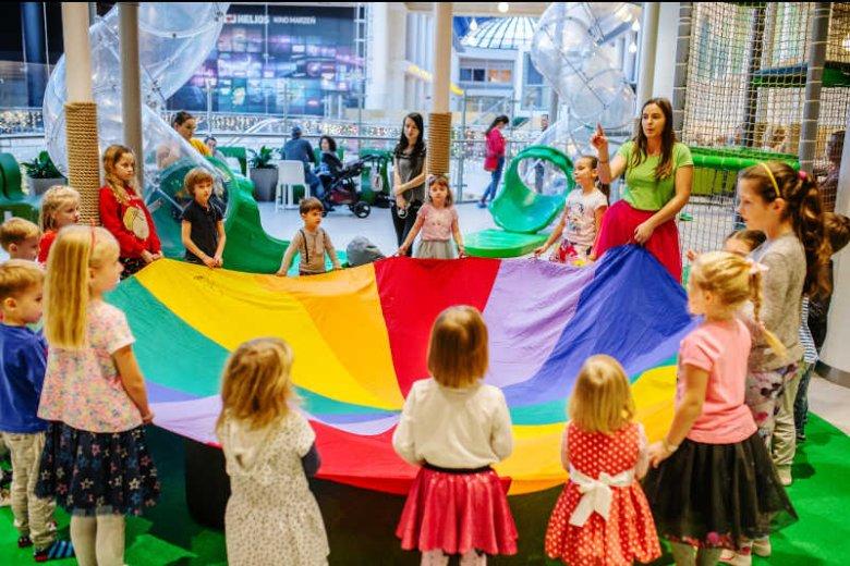 Sala zabaw Inca Play w Blue City zapewnia dzieciom dobrą opiekę i ciekawe zajęcia.