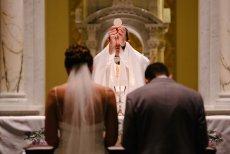 Episkopat zmienia przepisy dot. ślubu kościelnego. Będą nowe obowiązki
