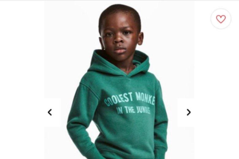 Afera H&M wokół napisu na bluzie czarnoskórego chłopca.