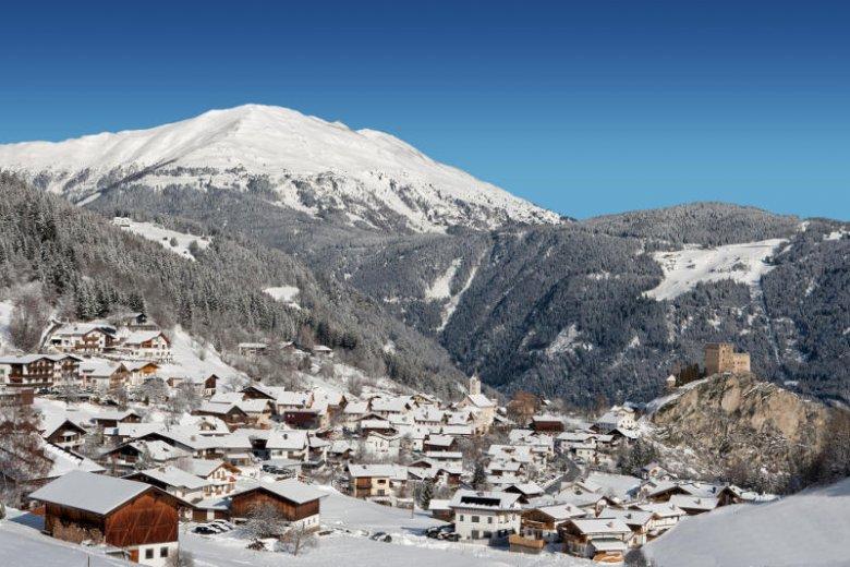 Widok na miejscowość Ladis.