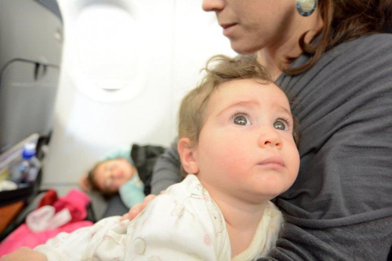 Podróż z dzieckiem bywa męcząca.
