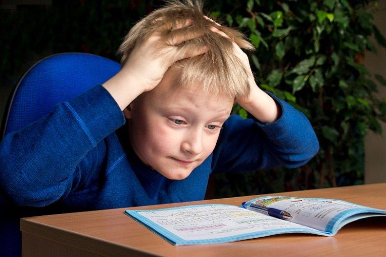 Obciążenie obowiązkami szkolnymi też rozstraja układ nerwowy dzieci