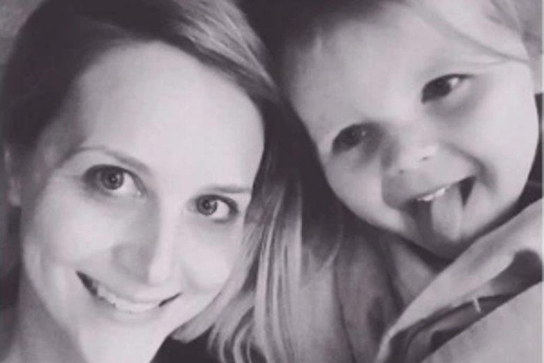 Dzieci zawstydzają rodziców, historia mamy, której córka komentowała ciało w przymierzalni.